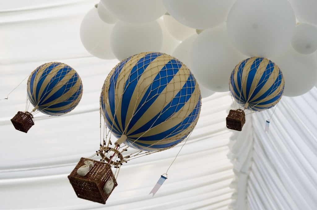 hot-air-balloon-party-dessert-buffet