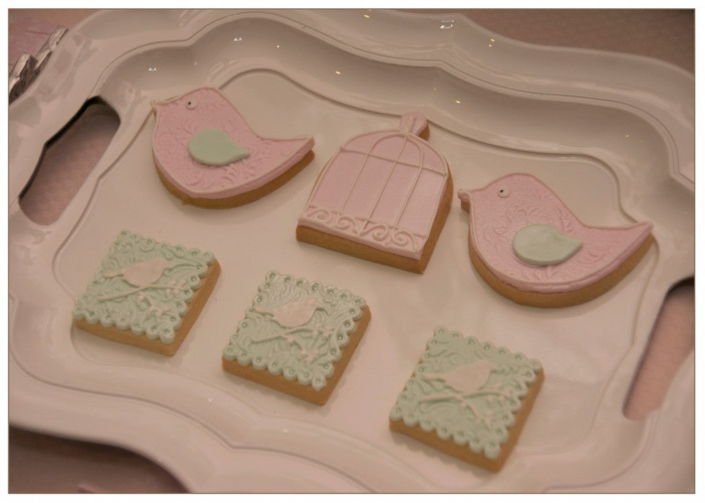 vintage-bird-themed-baby-shower-mint-pink-cookies