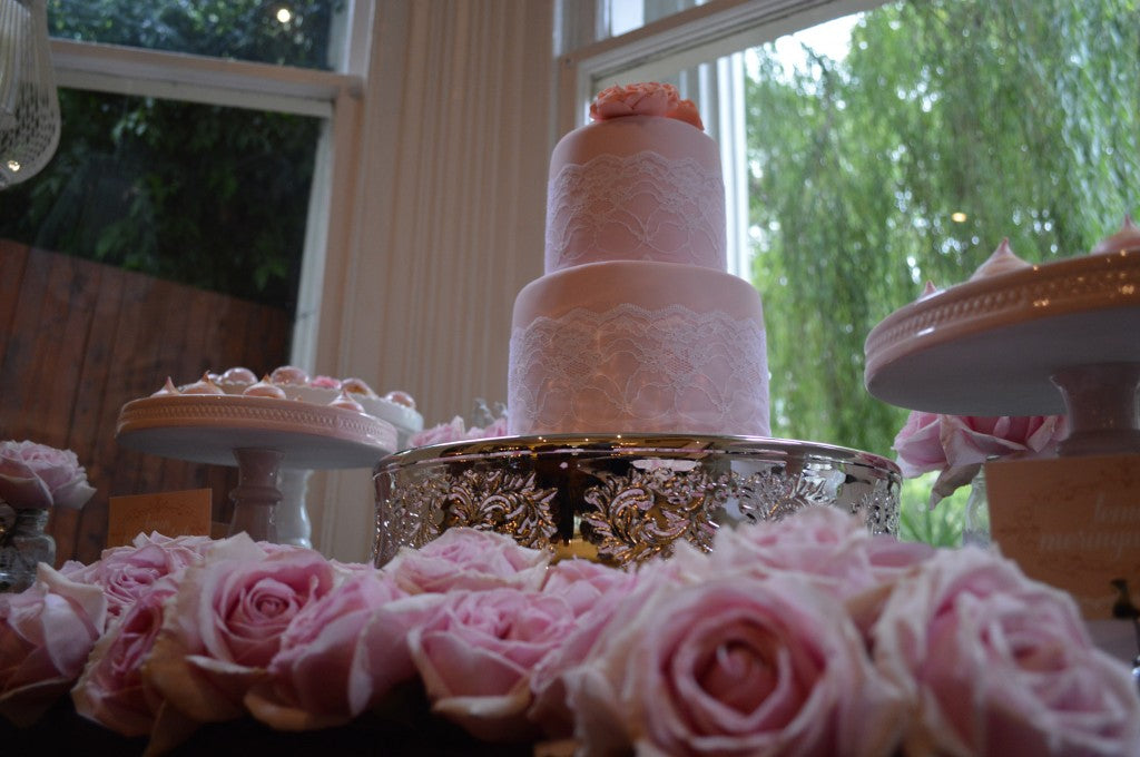 vintage-white-peach-pink-dessert-table-wedding-cake