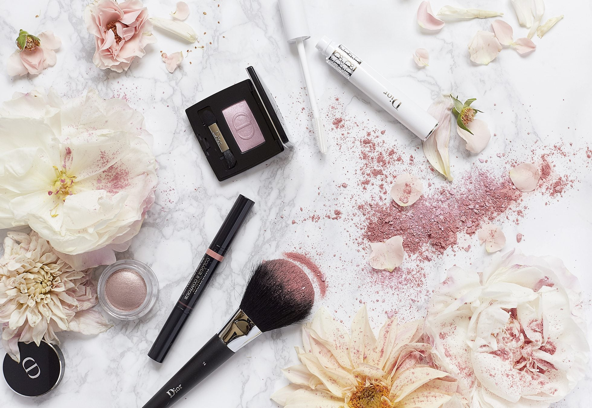 Dior-Beauty-Styling-Flatlay-1
