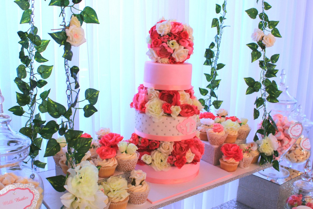 amazing-pink-three-tiered-suspended-cake