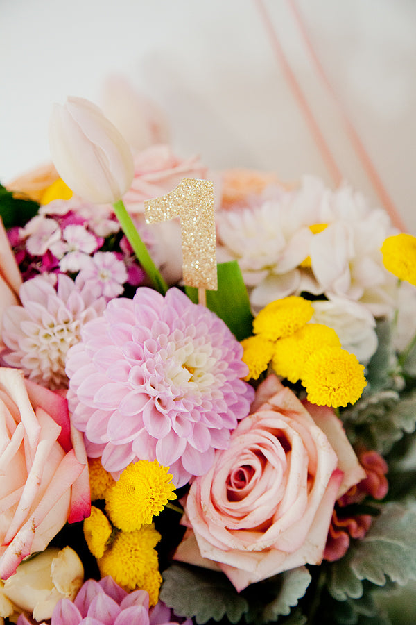 pink-gold-bunny-first-birthday-flowers