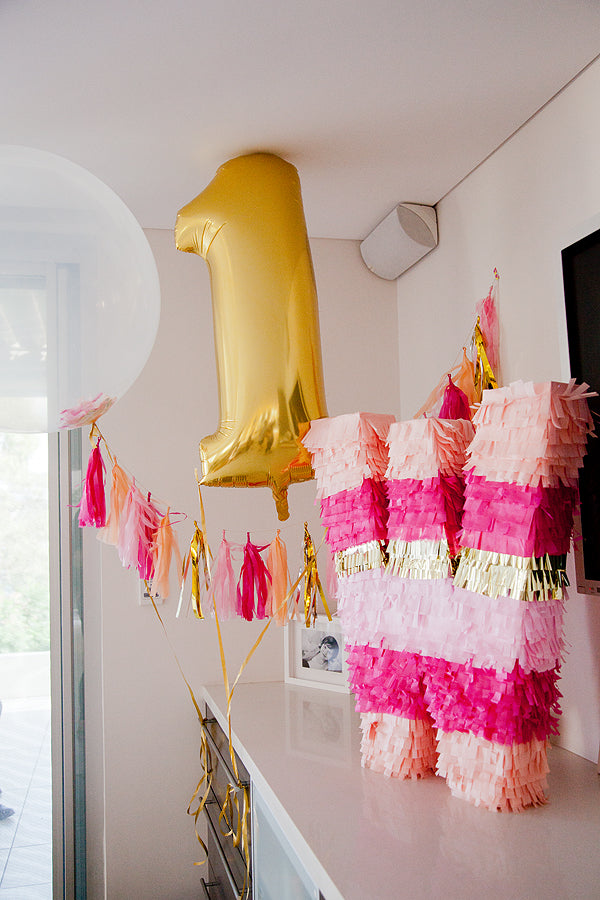 pink-gold-bunny-first-birthday-party-decor