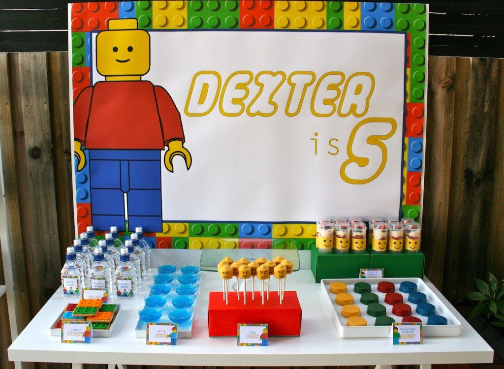 lego-party-dessert-table
