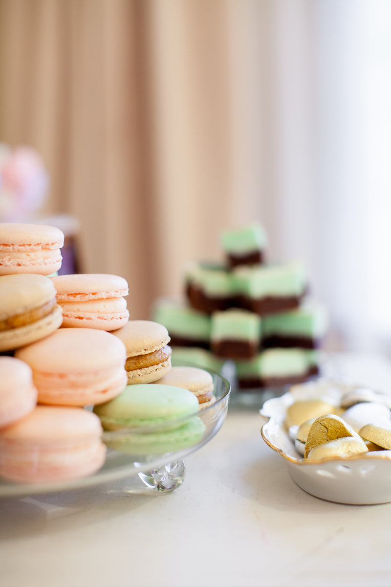 macarons-mint-and-pink