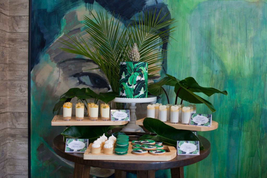 tropical-palm-leaf-party