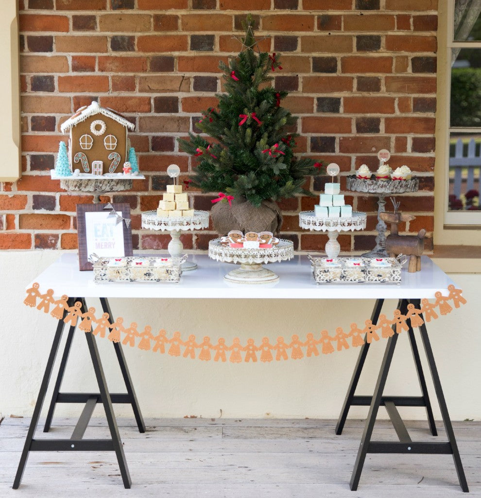 CHRISTMAS-DESSERT-TABLE-KIDS-PARTY