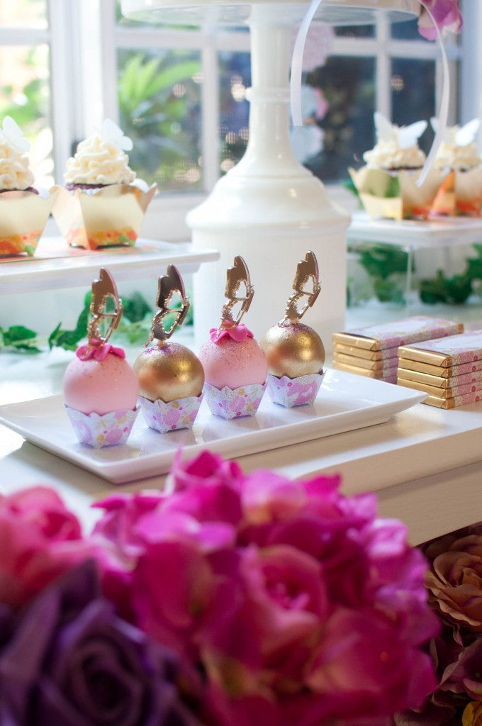 pink-and-gold-mini-cakes