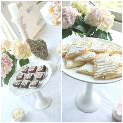 pink-and-white-wedding-dessert-table-desserts