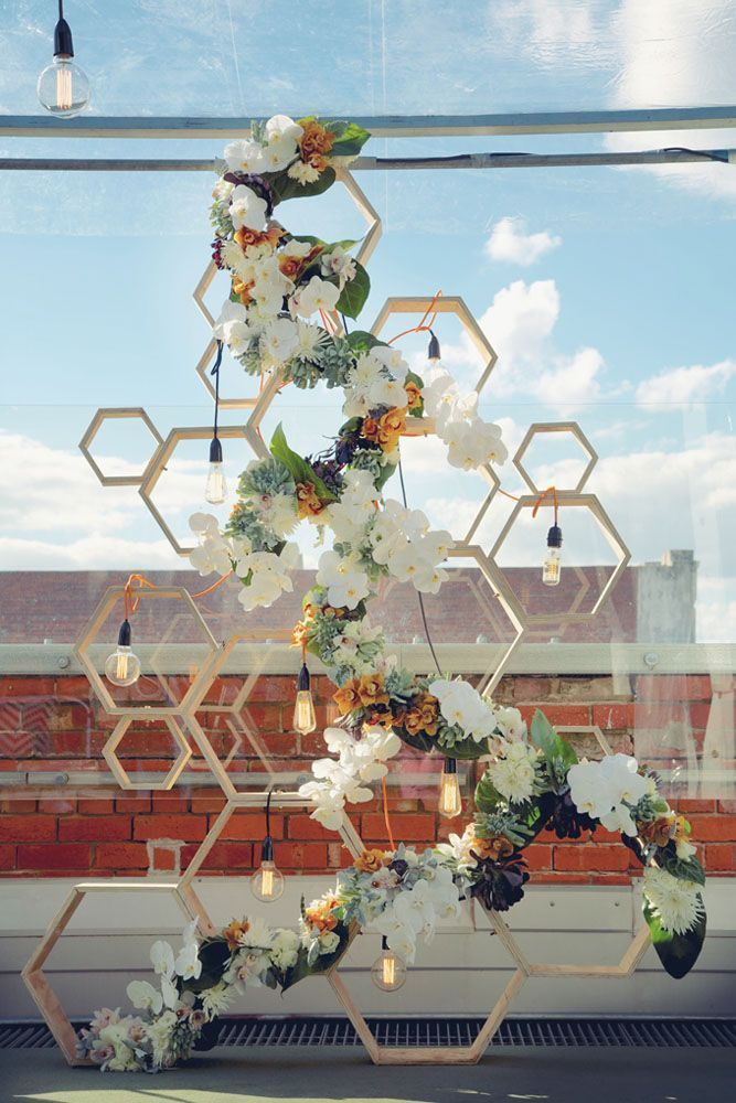 e032d3ca3ee514d014214a4bf45805b5--modern-wedding-decorations-hexagon-wedding-decor