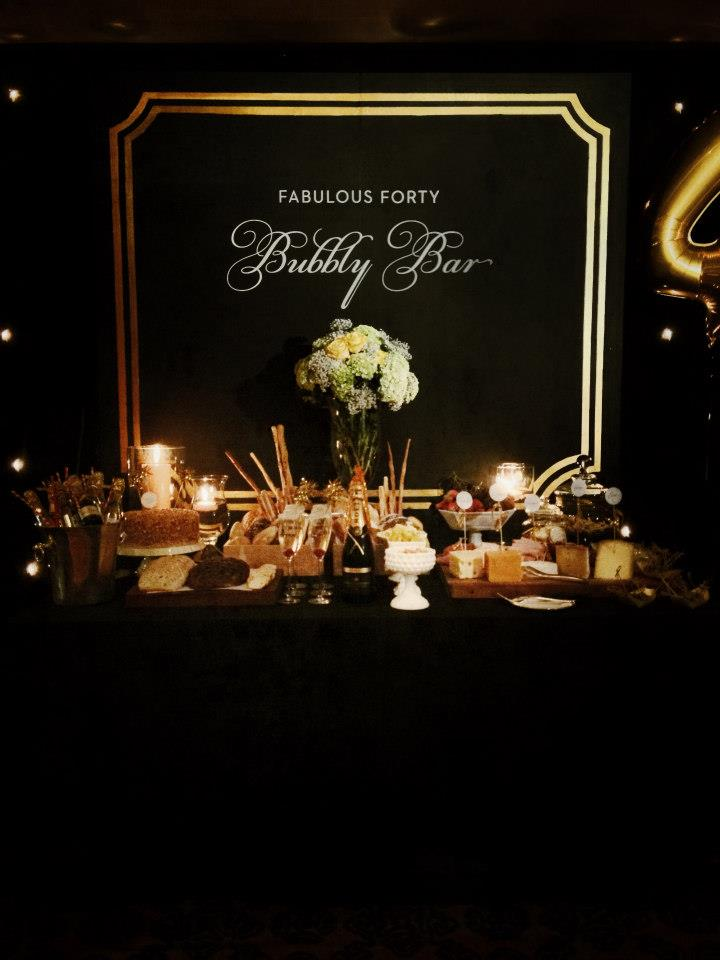 fabulous-forty-birthday-party-black-and-gold