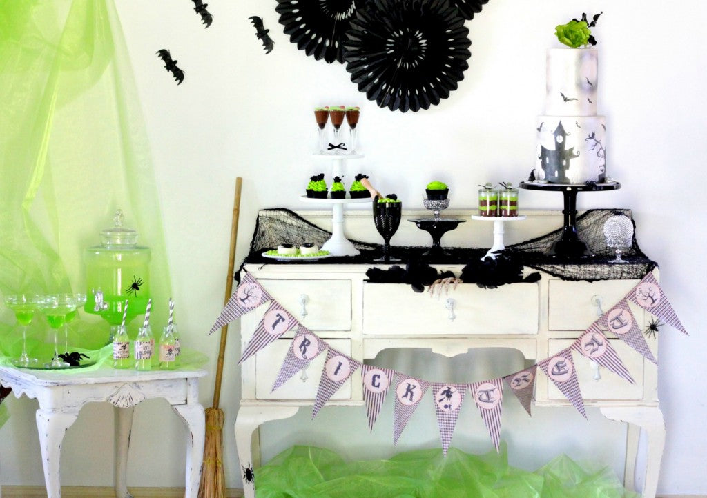 halloween-dessert-table-main