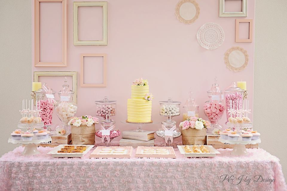 mint-gold-dessert-table-paper-fans-backdrop