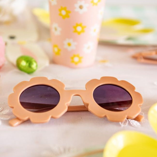 Load image into Gallery viewer, Kids Flower Shaped Sunglasses