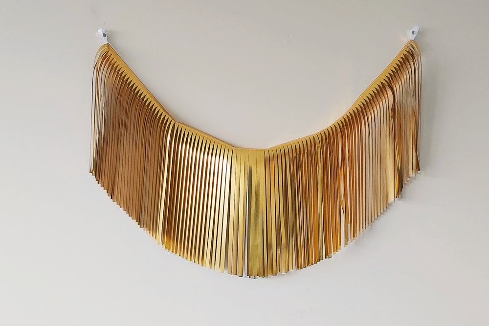 Load image into Gallery viewer, Fringe Garland - Metallic Gold