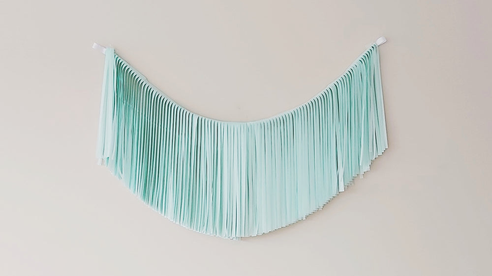 Load image into Gallery viewer, Fringe Garland - Mint