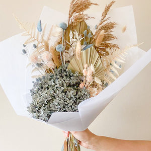 Load image into Gallery viewer, Tinsel Everlasting Bouquet