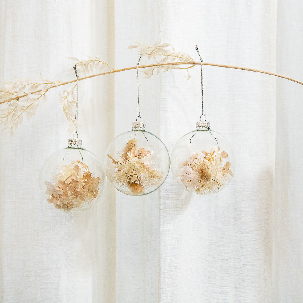 Dried Flower Glass Bauble Ornaments – Neutrals