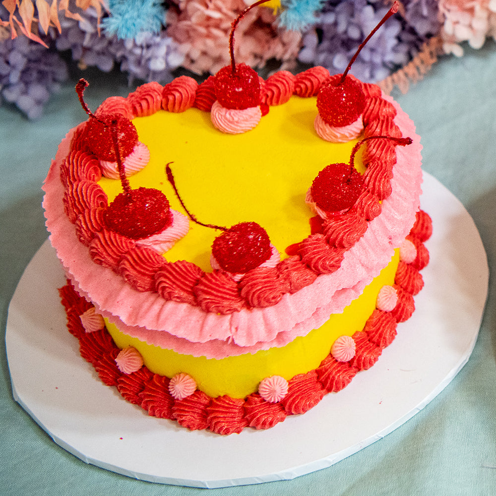 Retro Heart Shaped Cake - Yellow