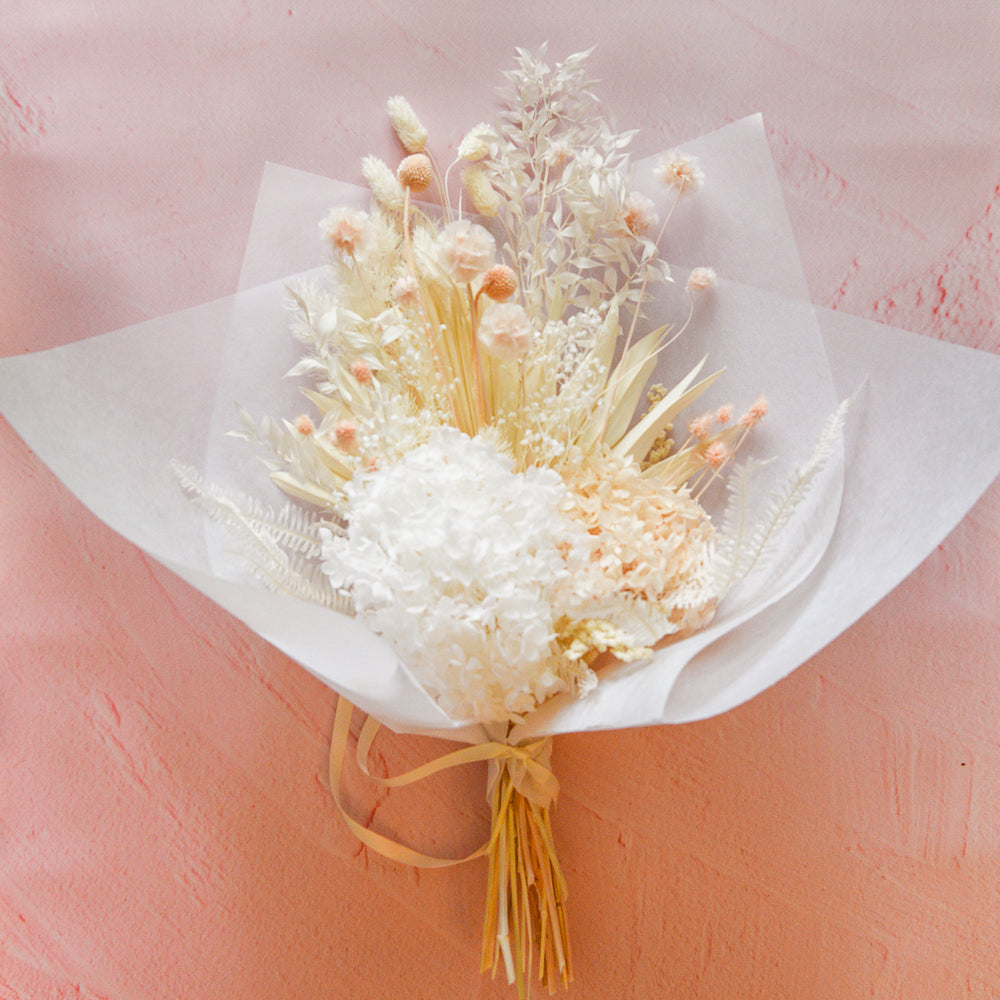 Peaches & Cream Bouquet