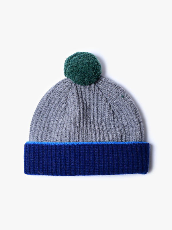 Remote Dreaming Hat - Grey Mix