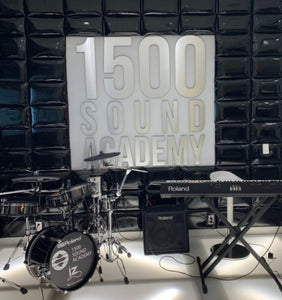 1500 Sound Academy music education stage background