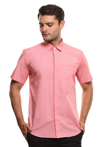 SHORT SLEEVE RED DOT SHIRT