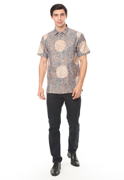 SHORT SLEEVE GRAY CREAM PIRING LAMPADAN BATIK SHIRT