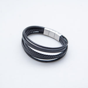 BLACK SILVER CLASP LEATHER BRACELET