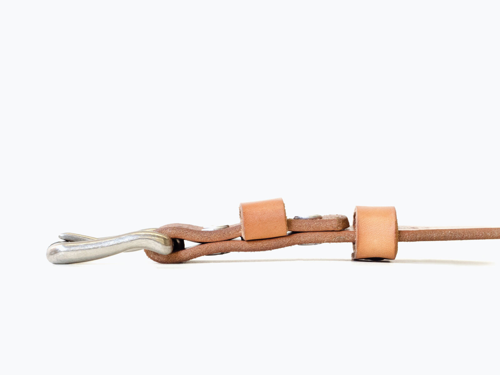 One Hole Style 10 oz vegetable-tanned leather belt