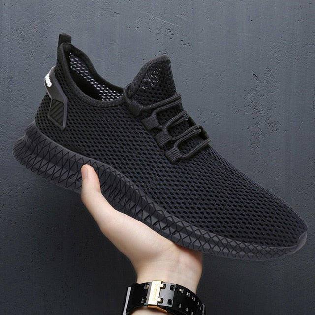 Men Sneakers Black Mesh Breathable Running Sport Shoes Male Lace Up Non-slip Men Low Athletic Sneakers Casual Men Shoes