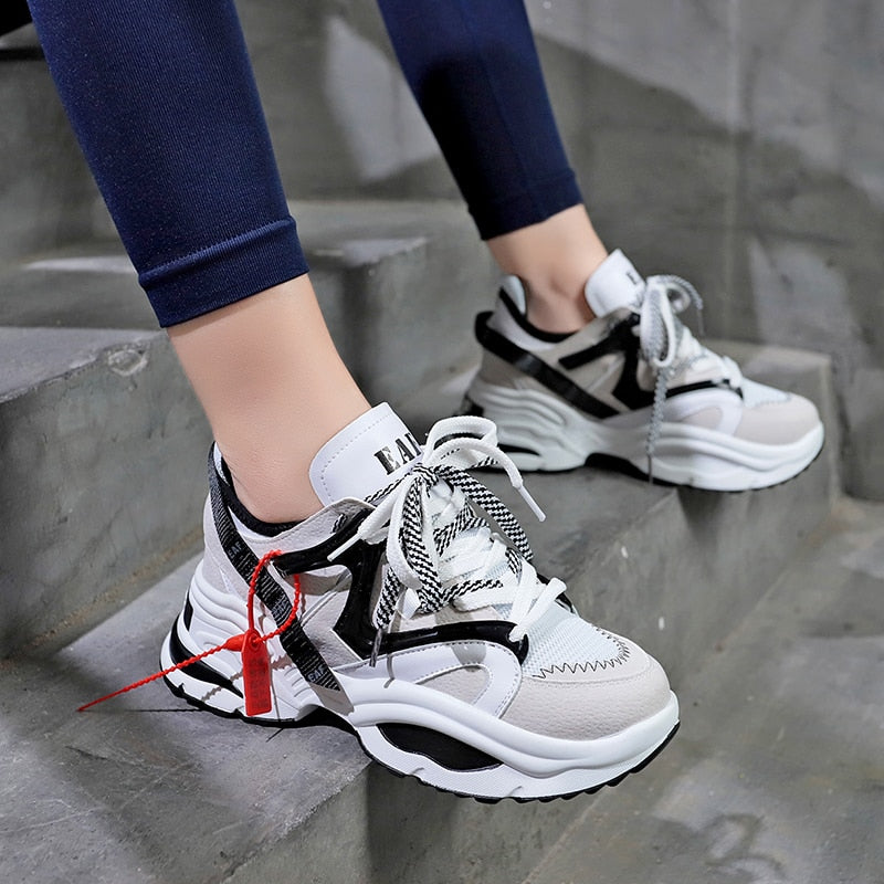 Stylish Women Running Shoes Increasing 6CM INS Ulzza Harajuku Sneakers Cushioning Height Platform Breathable Wave Sports Walking