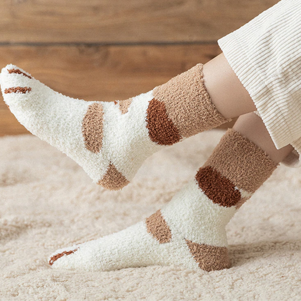 socks with cat paws