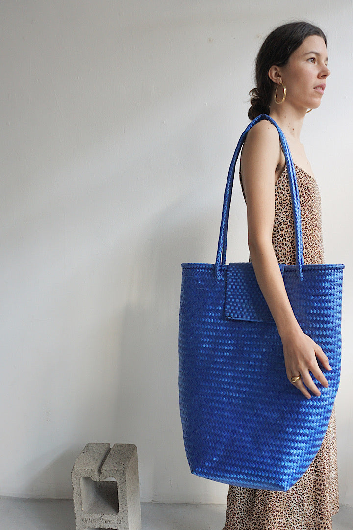 Ocean Blue Straw Bag by Jaline
