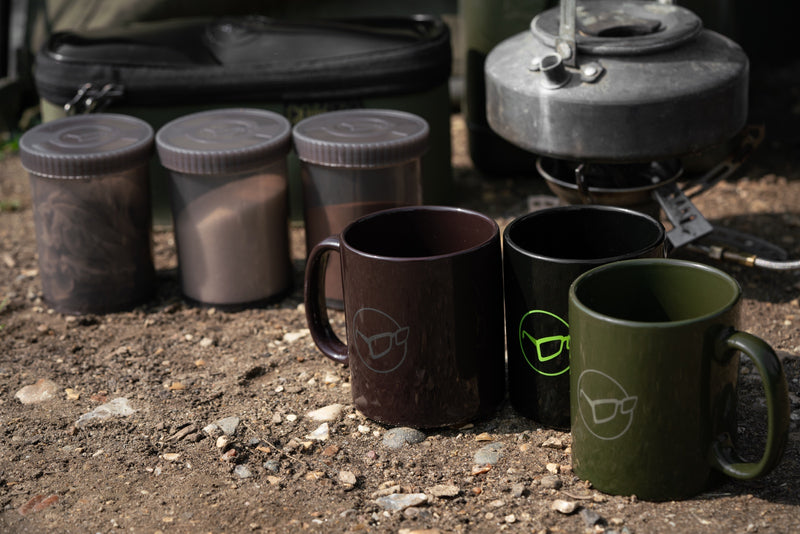 Korda Glasses Mug - Olive, Burgandy & Black