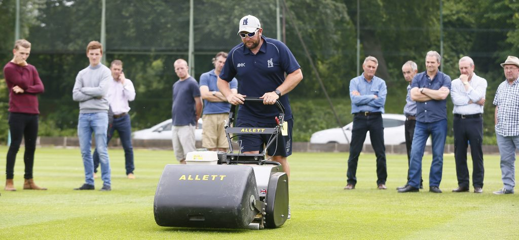 What Our Customers Say | Allett Mowers