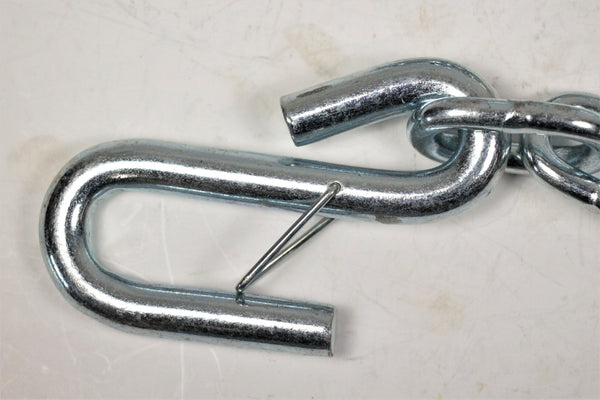 "1/4"" Chain - Two Safety Hooks Class 2"