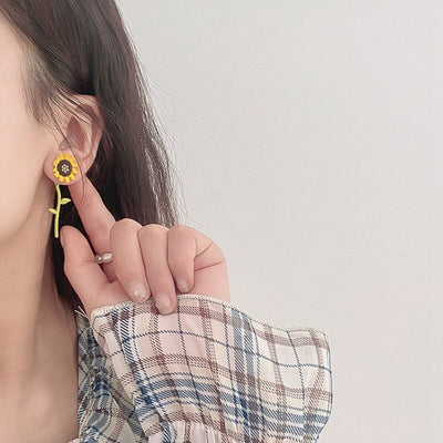 Korean Style Daisy Flower Earrings Cute Small Fresh Sunflower Earrings  For Women Girls Lovely Summer  Candy Color Jewelry - Only Sunflowers