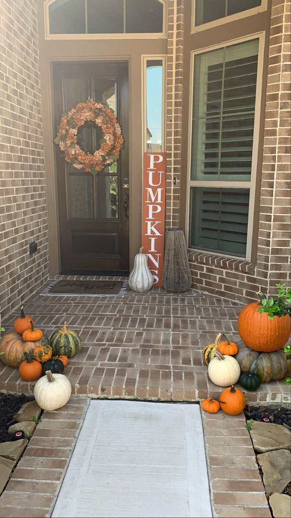 Pumpkin Porch Set Up