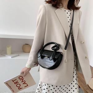 Crocodile Pattern Cute Crossbody Bag B457