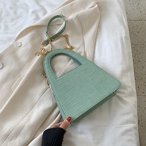 Elegant Crocodile Pattern Crossbody Bag B458
