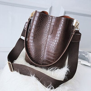 Vintage Crocodile Pattern Crossbody Bag B135