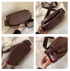 Vintage Crocodile Pattern Wide Straps Crossbody Bag B439