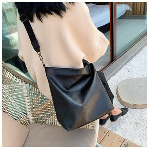 Women's Travel Shoulder Bag B163