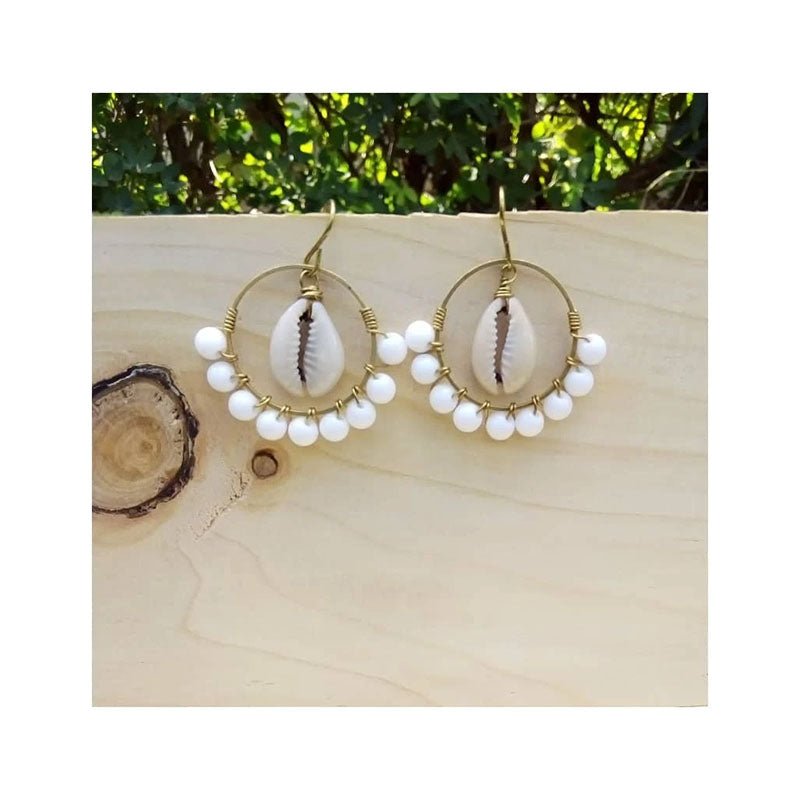 Chihiyo Rounded Shell & Bead Earing