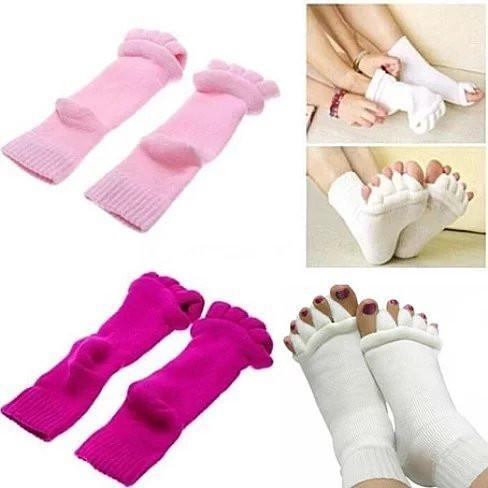 SPAmper Me Therapeutic Socks In 6 Colors - Color: White