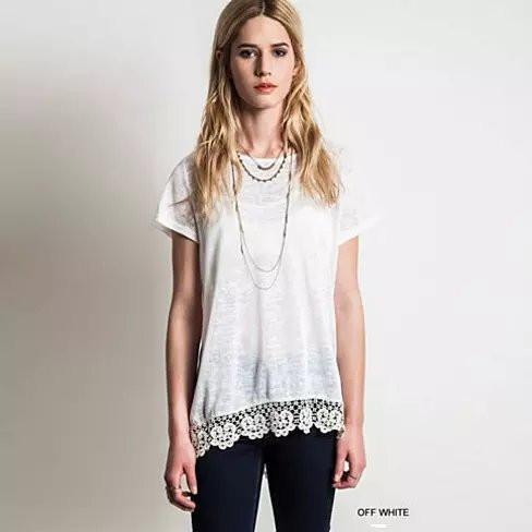 VIRINA Floral Lace Top -Size: Medium, Color: Off White