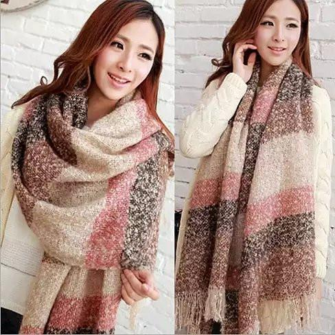 Wrap Me Softly Cotton Shawl With Fringe - Color: Pink - Rust - Black