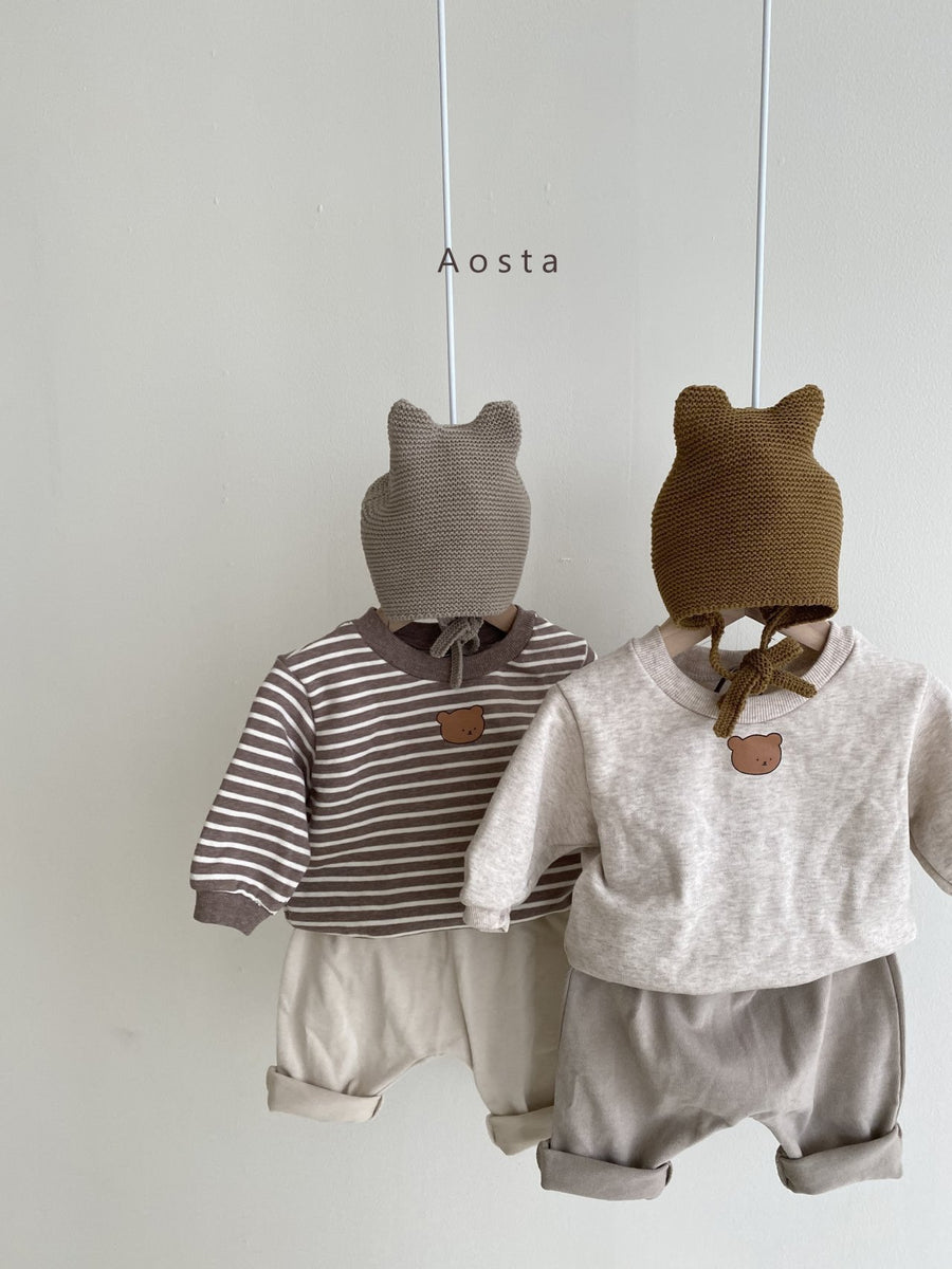 Aosta Tongtong Bear Sweater (2 colour options) - ooyoo