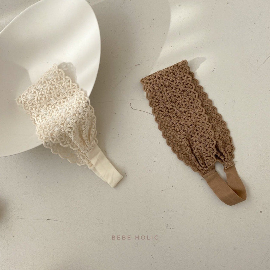 Bebeholic Daisy Lace Band (2 colour options) - ooyoo